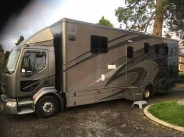 race truck /horse lorry
